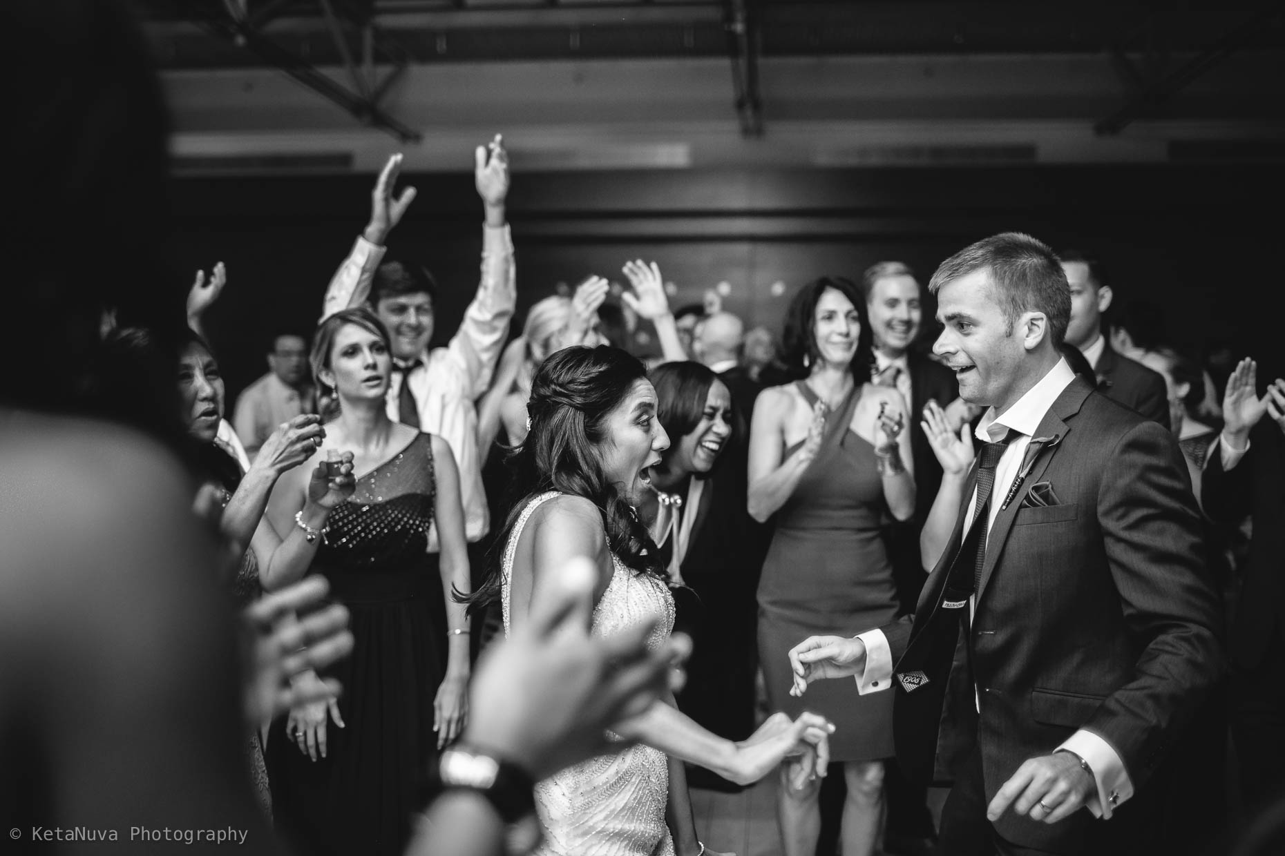 Kimmel Center Wedding Photos – Beautiful Philly Wedding Kimmel Center Philadelphia Wedding Philly Wedding Photographers Justine Eric Wedd 2016 11 21294900 35