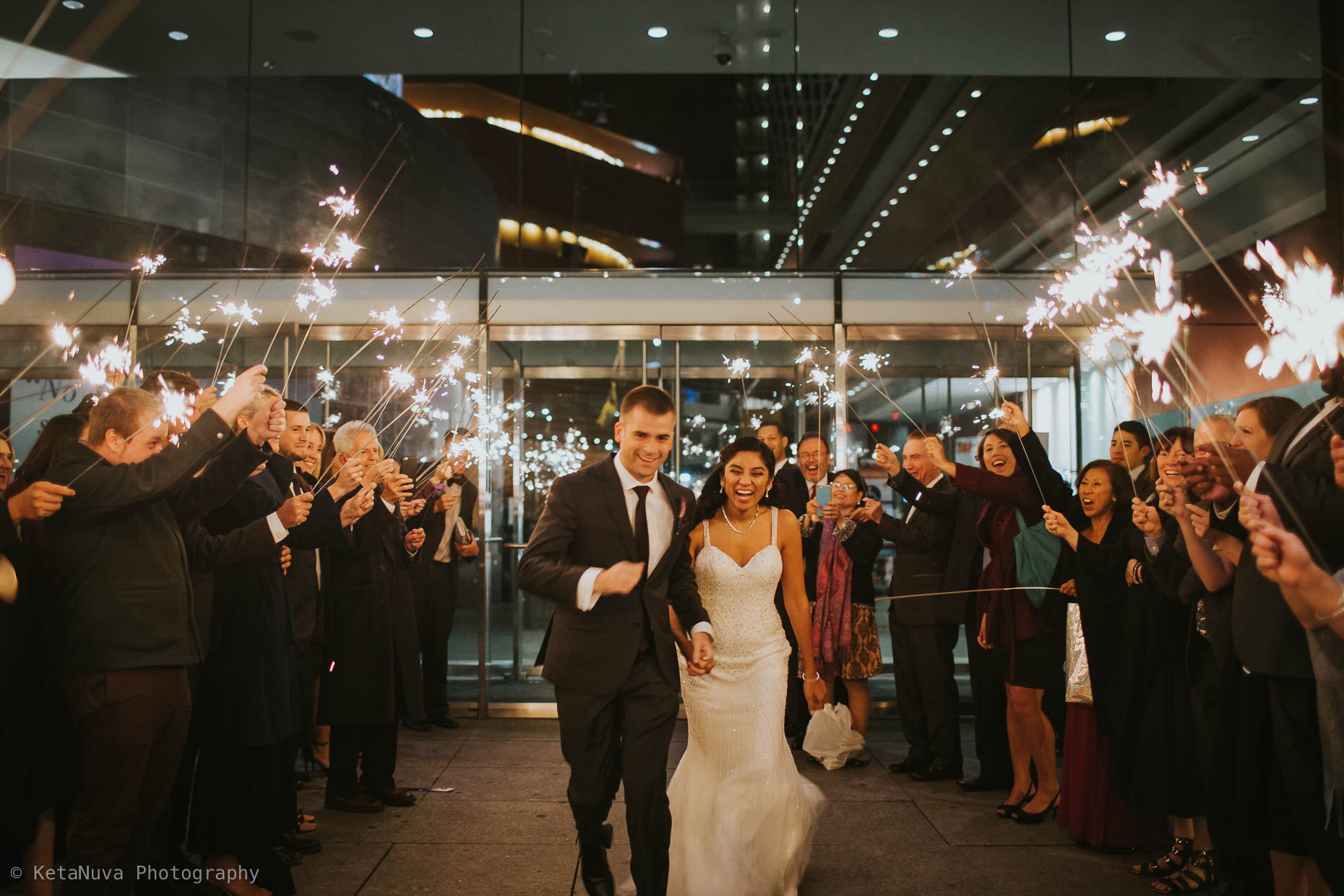 Kimmel Center Wedding Photos – Beautiful Philly Wedding Kimmel Center Philadelphia Wedding Philly Wedding Photographers Justine Eric Wedd 2016 11 22544937 35
